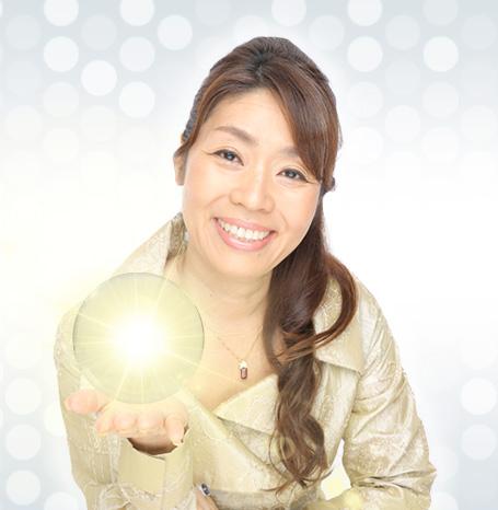 幸運研究家岡安美智子
